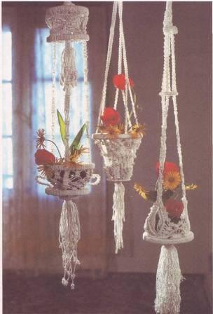 """подарком для оформления квартиры, частного дома или веранды для дачи.  19:08.  Подвесное кашпо для цветов  """"макраме """"..."""